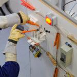 Une formation en habilitation électrique pour la prévention des risques liés aux dangers électriques